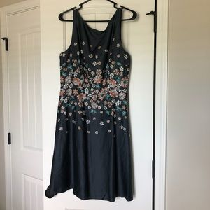 Women's dress. New with Tags